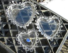 nice clean set of 3 1940s imperial glass CANDLEWICK HEART TIDBIT ashtray set  mint