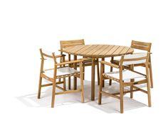 Djurö dining chairs and round table. Design: Matilda Lindblom.
