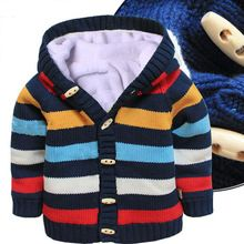 Novo 2015 outono inverno crianças roupas de bebê meninas / meninos com capuz de malha camisola casacos crianças além de veludo malhas cardigan brasão(China (Mainland))