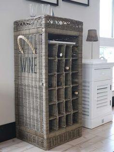 Weinregal Rattan Rattan, The Hamptons, Lockers, Locker Storage, Organization, Cabinet, Kitchen Inspiration, House Styles, Furniture