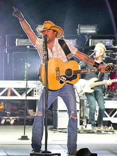 Jason Aldean at Faster Horses Festival in Brooklyn, Mich.  photo credit: Scott Legato/Getty--BEST WEEKEND EVER