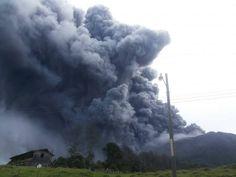 Experto pide calma ante erupciones del Turrialba