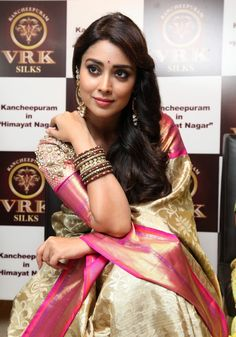 Shriya Saran in Saree At Kkancheepuram VRK Silks in Hyderabad