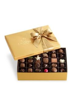 Godiva Chocolatier Assorted Chocolate Gold Gift Box with Royal Ribbon, Father's Day Gift, Premium Chocolate Gift, 36 Count, Gift Set 2 Chocolate Gold, Chocolate Blanco, Belgian Chocolate, Chocolate Gifts, Chocolate Truffles, Chocolate Lovers, Chocolate Candies, Easter Chocolate, Chocolate Dorado