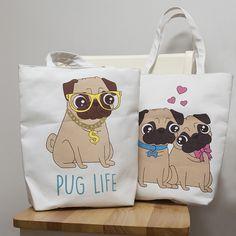 Too cute to miss that! #pug #carlino #puglife #puglove #borse #cottonbags
