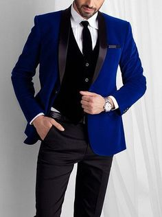 2017 Latest Coat Pant Designs Royal Blue Velvet Wedding Suits for Men Jacket Slim Fit Blazer Custom 3 Piece Groom Tuxedo Ternos Costume Bleu Royal, Costume Marie Bleu, Groom Tuxedo, Tuxedo For Men, Outfits Casual, Mode Outfits, Costumes Bleus, Royal Blue Suit, Blue Suits
