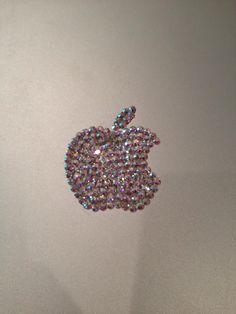 Swarovski Embellished Apple Logo Vinyl by SparkleCoutureChloe Macbook Accessories, Tech Accessories, Macbook Air Stickers, Apple Help, Computer Cover, Apple Wallpaper, Cute Little Things, Apple Logo, Apple Macbook Pro