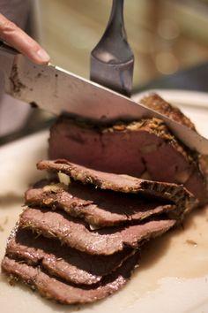 Cinco consejos para hacer un roast beef perfecto - Amazing Foods Menu Recipes Food Menu, A Food, Food And Drink, Bbq Pork Tenderloin, Ny Strip Steak, Carne Asada, Fish And Seafood, No Cook Meals, Great Recipes