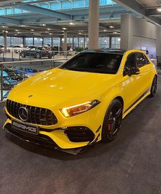 Mercedes Hatchback, Mercedes Benz Suv, Lux Cars, Best Luxury Cars, Dream Cars, Automobile, Hatchbacks, Vroom Vroom, Muscle Cars