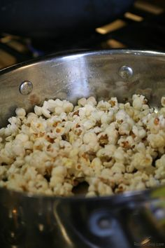 How to Teach Kids their 5 Senses by Popping Popcorn.