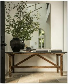 Home Interior Design, Interior Decorating, Flur Design, Home Decor Inspiration, Entryway Decor, Entryway Tables, Living Spaces, Room Decor, House Design