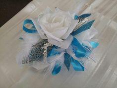 Prom corsage . rosettasflowercottage.com