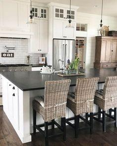 Ahhhh... this kitchen.