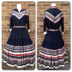 Vintage 1950s Black & Red Cotton Western Squaw Dress Set Medium Rockabilly Vintage Clothing, Vintage Outfits, Vintage Style, Vintage Fashion, Fiesta Dress, Vintage Patio, Silver Wings, Dress Set, Cowgirls