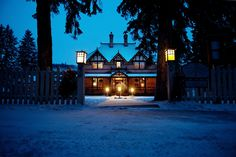 Winter at the #BowValleyRanche restaurant #Countrycharm