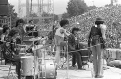 rare photos from woodstock 69 take us back to the summer of love | read | i-D