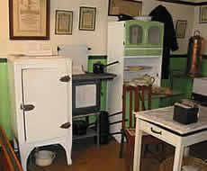 1940s kitchen with gas appliances Britain's National Gas Museum