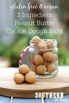 This Easy No Bake Peanut Butter Cookie Dough Protein Bites Recipe is made with just 3 ingredients! Using peanut butter, coconut flour and maple syrup, these homemade protein balls (or bars!) are the perfect healthy snack or dessert. Peanut Butter Bites, Sugar Free Peanut Butter, Coconut Peanut Butter, Low Carb Peanut Butter, Peanut Butter Recipes, Peanut Butter Cookies, Cookie Dough Ball Recipe, Protein Cookie Dough, No Bake Cookie Dough