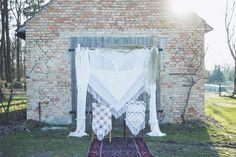 BACKDROP - Hochzeitsdeko- weiß via TIPIYEAH. Click on the image to see more!