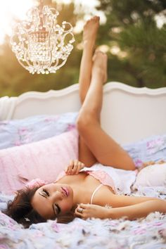 Dreamy outdoor boudoir session