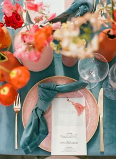 Modern and Colorful Greenhouse Wedding Inspiration in Seattl.- Modern and Colorful Greenhouse Wedding Inspiration in Seattle – The Ganeys Wedding Table Centerpieces, Wedding Decorations, Table Wedding, Summer Table Decorations, Wedding Mandap, Stage Decorations, Wedding Stage, Centerpiece Ideas, Wedding Receptions