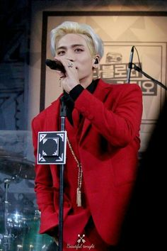 Find images and videos about SHINee and Jonghyun on We Heart It - the app to get lost in what you love. Sulli, Shinee Jonghyun, Always Smile, My Darling, Rest In Peace, I Miss You, Boy Bands, Decir No, Idol