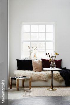 Du brauchst frischen Wind in Deinem zu Hause? Mit diesen 5 Tipps ist das Zimmer umstellen kinderleicht.