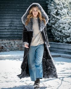【Clearance Sale💥Shipped Within 24h】Hooded Toscana Coat - inkshe.com Boho Fashion, Winter Fashion, Long Hooded Coat, Winter Mode, Chilly Weather, British Style, Clearance Sale, Sleeve Styles, Mantel