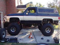 I like all type of cars and trucks.I always liked lifted trucks for a vary long time but the trucks are my shit I always wanted to o. 87 Chevy Truck, 1979 Ford Truck, Chevy Trucks Older, Lifted Chevy Trucks, Ford Pickup Trucks, Gm Trucks, Jeep Truck, Chevrolet Trucks, Chevrolet Silverado