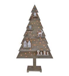"""Deze trendy kerstboom van gebruikt steigerhout beschikt over LED verlichting. De houten kerstboom is opgebouwd uit 8 planken van geschuurd steigerhout met """"grey wash"""" behandeling. De LED verlichting beschikt over zogenaamde """"rice lights"""", die een klassiek warm licht afgeven. Deze kerstboom van steigerhout met LED verlichting is verkrijgbaar in diverse hoogtes waaronder 170 en 185 cm."""