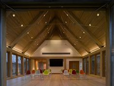 Winchester Cathedral Learning Centre; Winchester / Hampshire County Council Architects . Image © Nick Kane