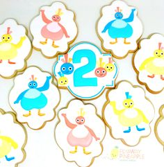 Sweet Twirlywoos cookies for a second birthday party. #Cookies #Twirlywoos