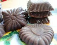 Domácí tmavá ořechová čokoláda