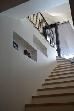 #mittatilausportaat #mittatilaus #tammi #oak #portaat #stairs #koti #kodinsisustus #kotisisustus #sisustus Oak Stairs, Koti, Home Decor, Decoration Home, Room Decor, Home Interior Design, Home Decoration, Interior Design