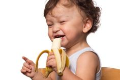 March is National Nutrition month! The toddler and preschooler years are a good time to establish healthy eating habits. Check out Toronto Public Health website for feeding tips. Healthy Bedtime Snacks, Healthy Protein Snacks, Healthy Baby Food, Healthy Toddler Meals, Nutritious Snacks, Kids Meals, Toddler Nutrition, Nutrition Month, Toddler Food