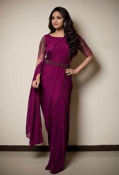 Keerthy Suresh Beautiful HD Photoshoot Stills & Mobile Wallpapers HD - Trendy Sarees, Stylish Sarees, Fancy Sarees, Simple Sarees, Indian Fashion Dresses, Indian Gowns Dresses, Indian Outfits, Ethnic Outfits, Fall Dresses