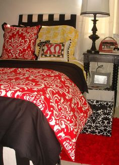 chi omega bedding! [this website does sorority bedding and you can design your own!]