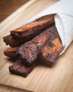 It's no secret that people are obsessed with bacon. So, I'm hopping on the bacon board…vegan style. This tofu bacon is smoky, crispy, flavorful, and a great add… Tofu Recipes, Bacon Recipes, Whole Food Recipes, Cooking Recipes, Brunch Recipes, Free Recipes, Recipies, Savoury Recipes, Breakfast Recipes