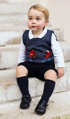 Baby George -  Schick: mit Hemdchen und Pullunder