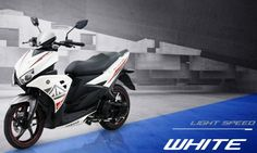 Motor matik yamaha aerox white light speed