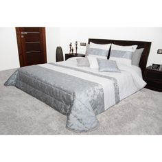 Strieborno biely prehoz na posteľ