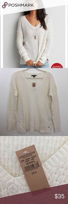 NWT American Eagle V-neck Sweater Lightweight (v-neck) cream sweater. Never been worn. Super pretty, size small but could definitely fit a medium. American Eagle Outfitters Sweaters