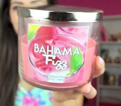 bath and body works candle(: