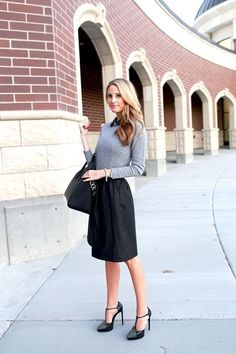 Fashionable work outfits for women  (26)