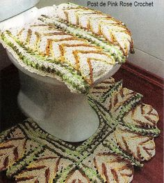 This is nice for a wild room themed. Crochet bathroom set ♥LCB♥ with diagram, click on the word GRAFICO to see it.