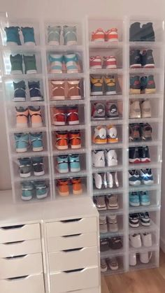 Shoe Room, Shoe Wall, Shoe Closet, Cute Bedroom Ideas, Room Ideas Bedroom, Jordan Shoes Girls, Swag Shoes, Swag Outfits For Girls, Room Design Bedroom