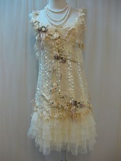 vintage lace & flowers by yoomzie Vintage Outfits, Vintage Dresses, Vintage Fashion, Lace Outfit, Lace Dress, Dress Up, Ropa Shabby Chic, Chic Outfits, Fashion Outfits