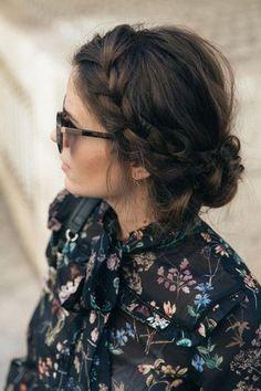 34 beautiful braided wedding hairstyles for the modern bride - TANIA MARAS bespoke wedding headpieces wedding veils Braided Hairstyles For Wedding, Braid Hairstyles, Cool Hairstyles, Wedding Hairstyle, Brunette Hairstyles, Style Hairstyle, Braided Updo, Hairstyle Ideas, Modern Hairstyles