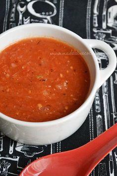Salsa de jitomate guisada, ideal para unos chilaquiles