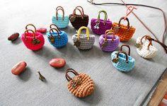 Firefly Crochet: Giỏ tý-hon ✤ key fob, lucky charm